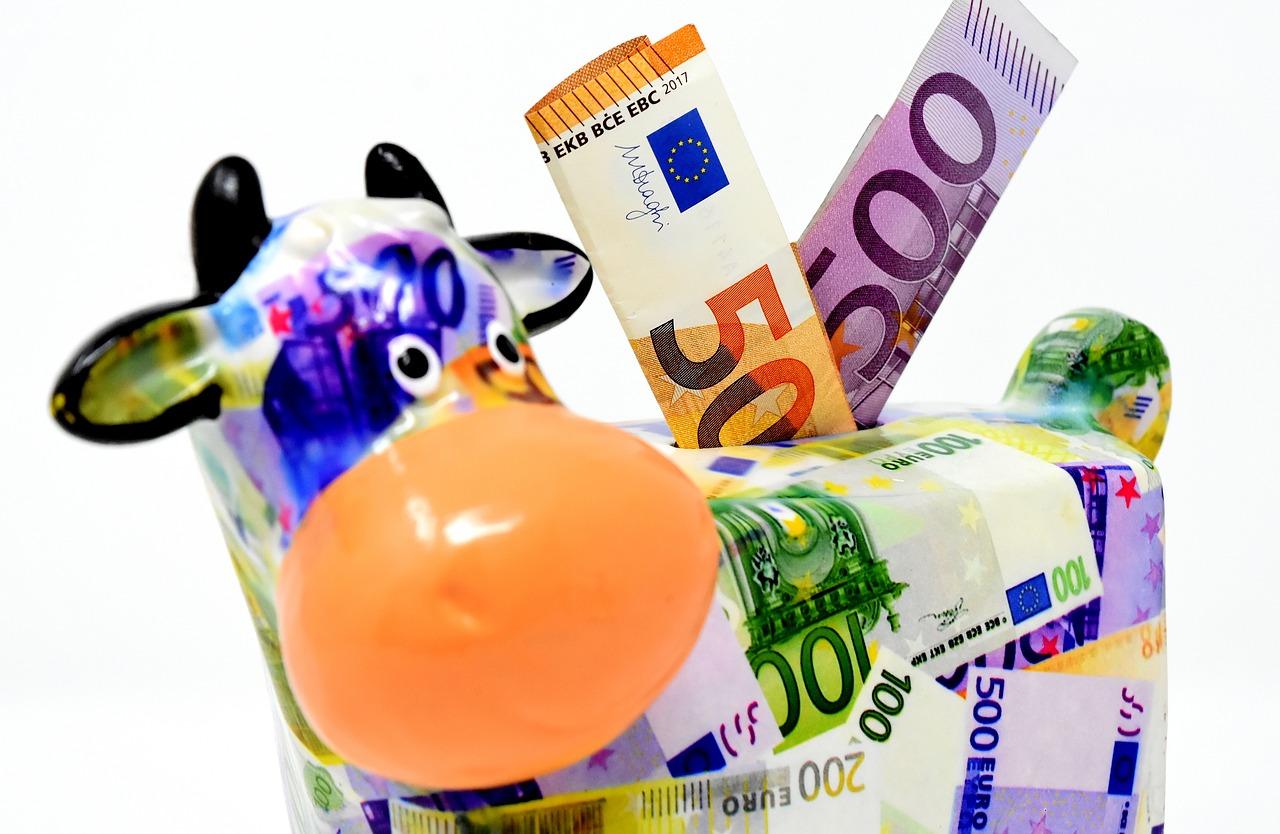 Bank i oszczędzanie pieniędzy